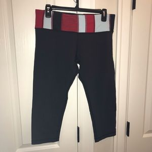 Lululemon Athletica Wunder Under Crop, Size 12